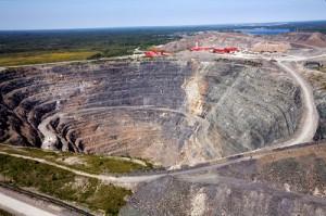 Goldcorp Inc Barrick Gold Corp Nevada gold mine $275 million